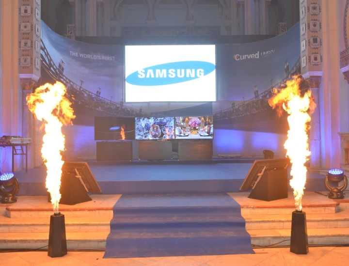 Launch of TV Samsung CURVED HD